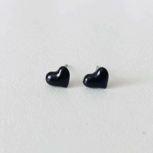 Ear Studs - Heart