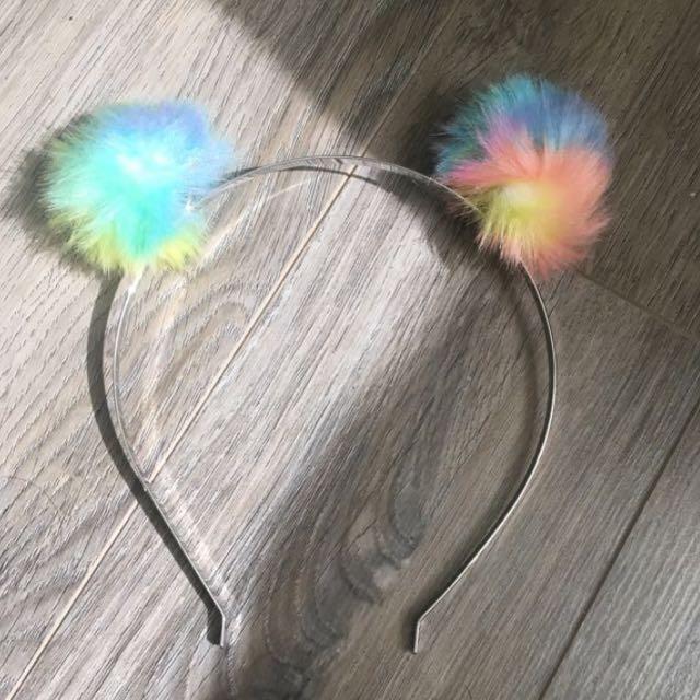 Forever 21 pom-pom headband