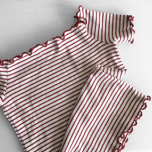 Glassons White and Red Ribbed Top