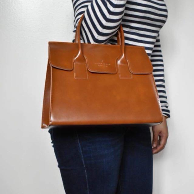 Hand bag sling bag