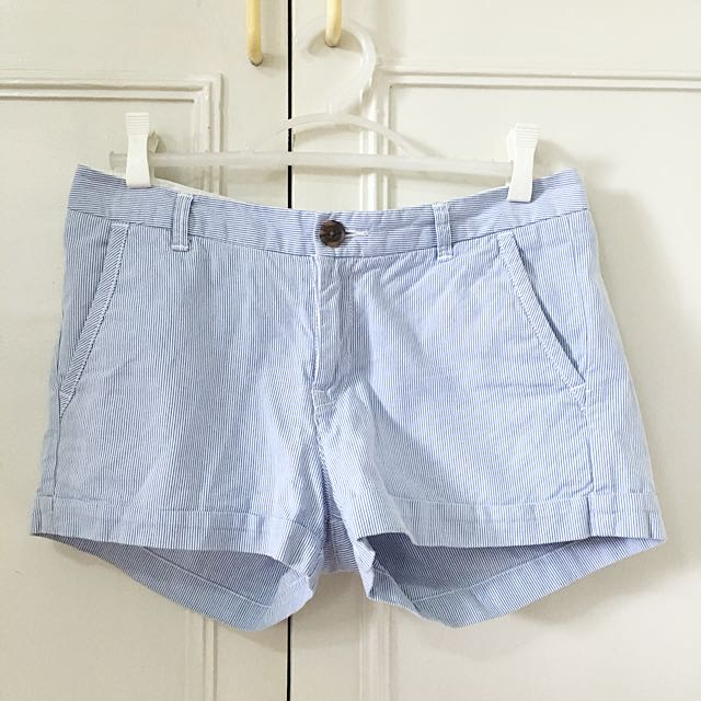 H&M pinstriped shorts