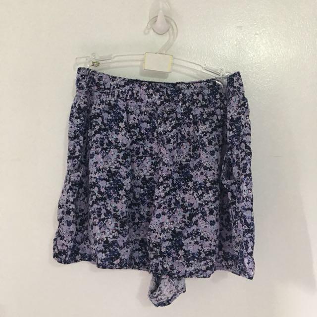H&M Purple Floral Shorts