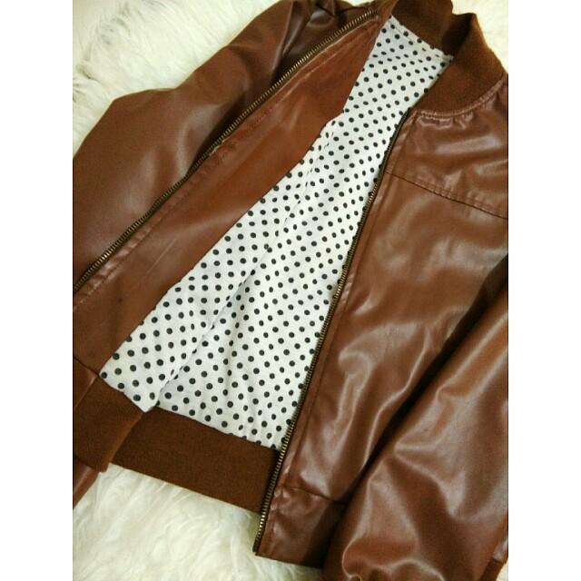 Jaket kulit cewek