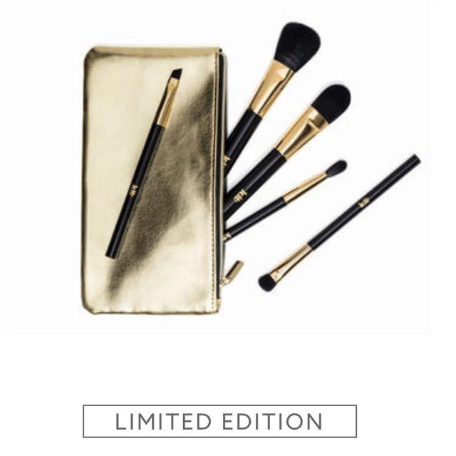 Kit Cosmetics Brush Set
