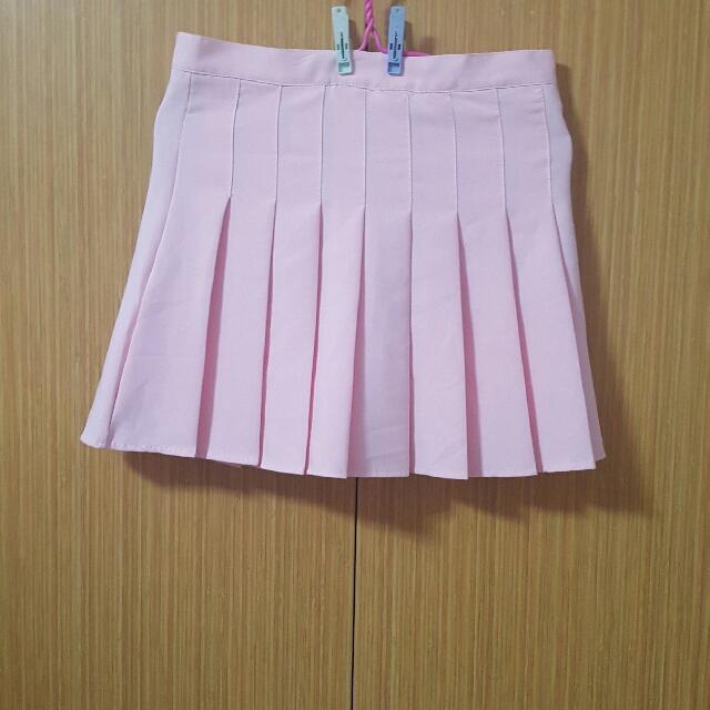 light pink plated tennis skort