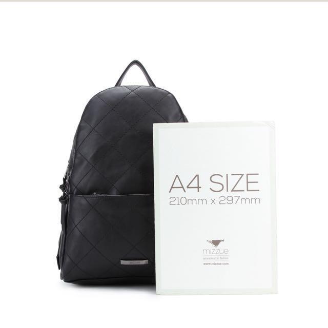 MIZZUE 時尚格菱紋大容量後背包