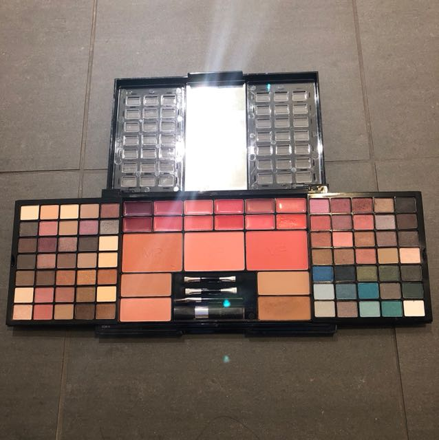 Modelsprefer Complete Collection Colour Palette