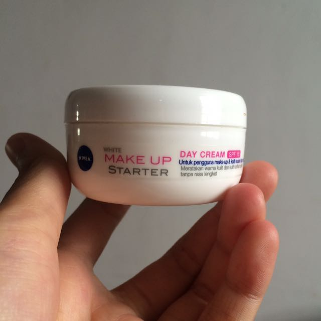 nivea make up starter