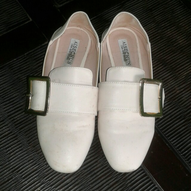Off White Flat Shoes