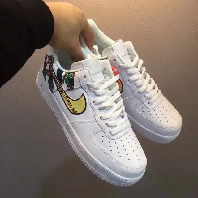Off White x Nike Air Force 1 Low 斑马线黑白玫瑰花