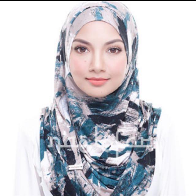 Original Naelofar Hijab