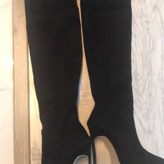 Over knees black boots 37