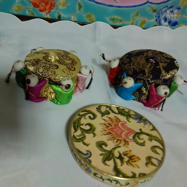 Peranakan like foldable mirror 2 Small sewing trinket box