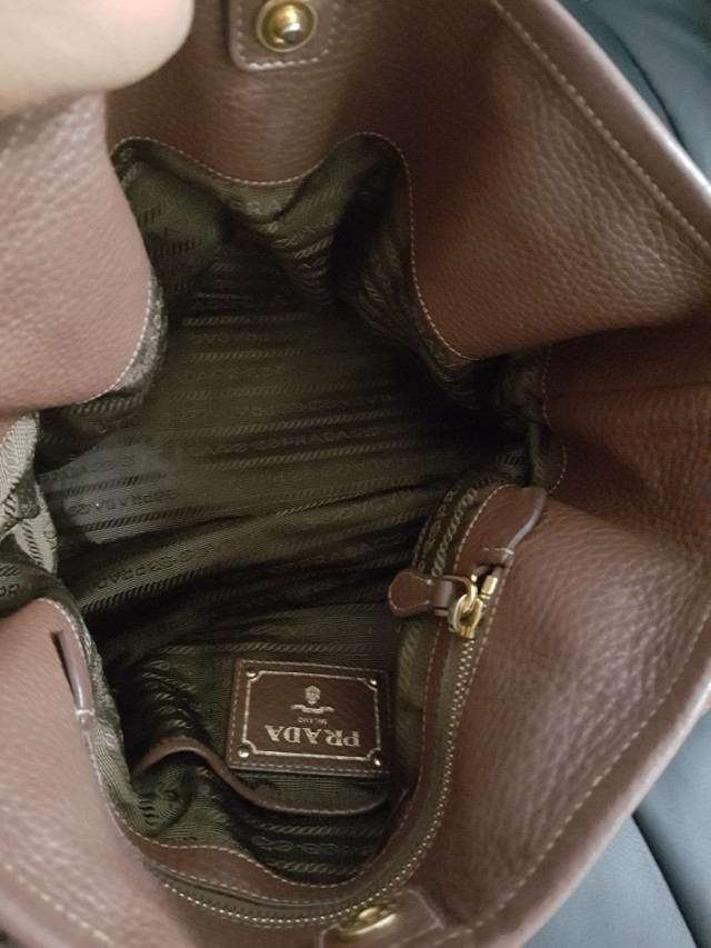 91770c771657 Prada Nylon Tessuto Vitello Daino BR4993 (Corinto), Luxury, Bags & Wallets  on Carousell