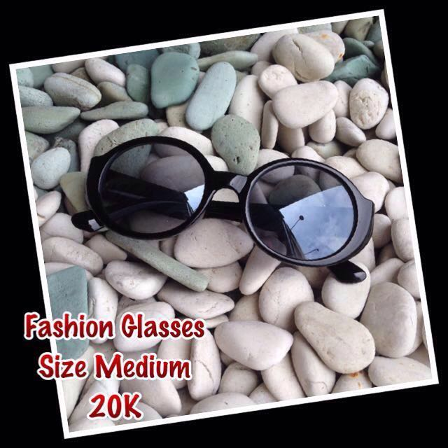 [RE-priced] Fashion Retro Glasses