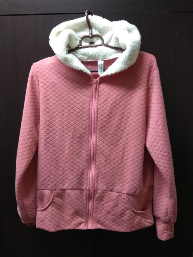 Revero粉色格紋外套