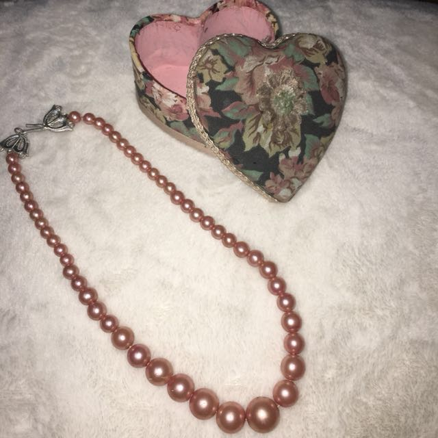 SALE!! Pink Pearl Necklace