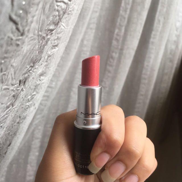 See sheer mac lipstick