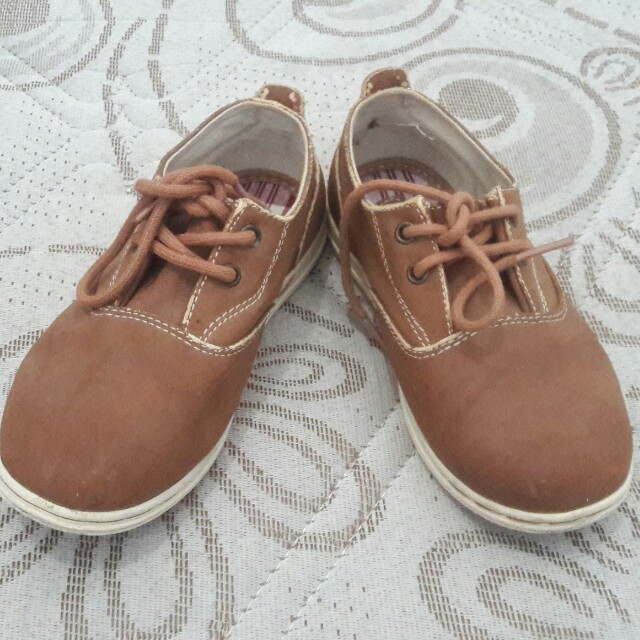 Sepatu Zara boy ori