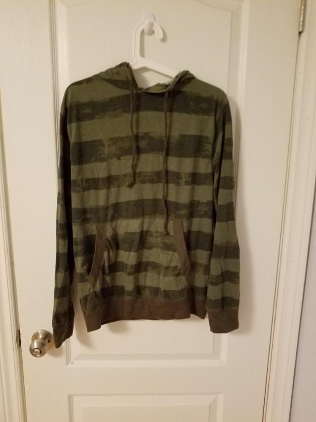 Straight Faded long sleeve hoodie (M)