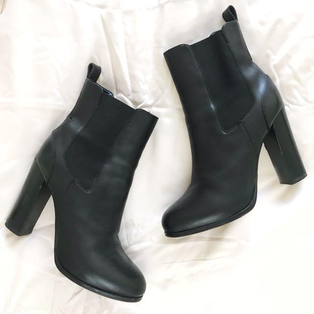 Tony Bianco Boots 8