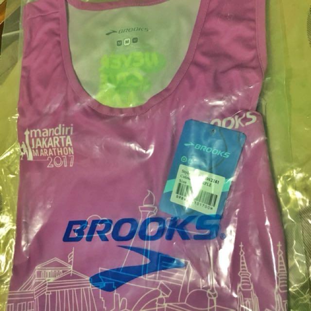 T-shirt Running Jakarta Marathon 2017 size M Woman