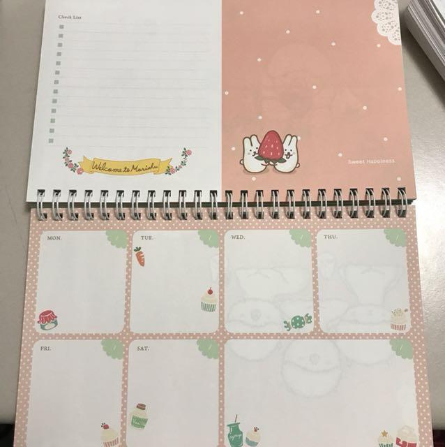 Undated weekly planner