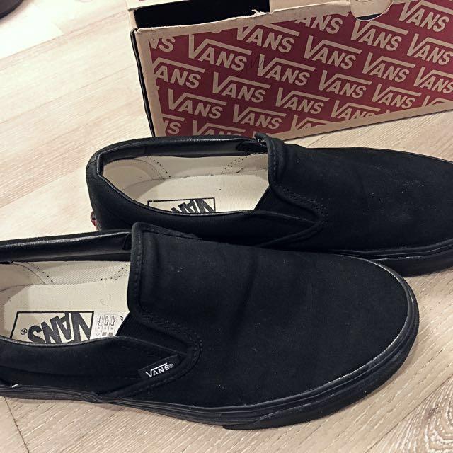 Vans 經典款全黑懶人鞋 Slip-on