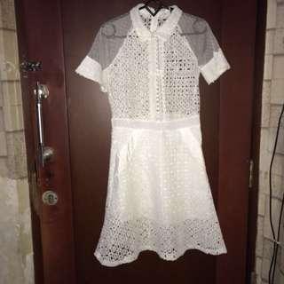 white dress (atasnya kyk kemeja)
