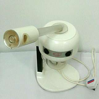 Silver fox mini facial steamer. Beauty & health at your finger tips.