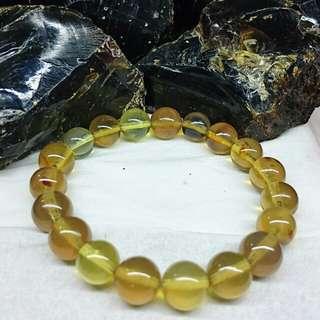 Amber bracelet / 12 mm 19 beads