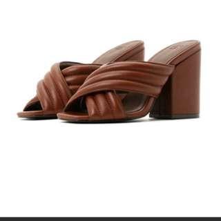 日本品牌SLY皮質涼鞋 5號