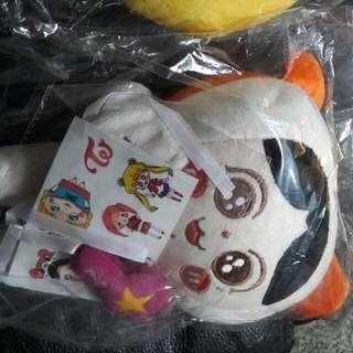 急需錢便宜出售 TWICE 泰站娃娃 日本line Momo Sana各600
