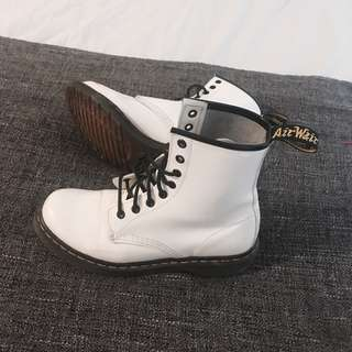 Doc Martens - Glossy White 1460 Boots (US 8 / EU 39)