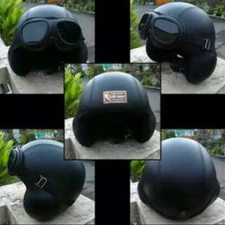 Vespa helmet classic 77