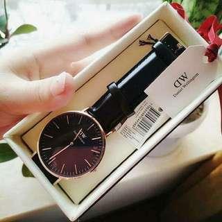 watch dw 💯% original from usa