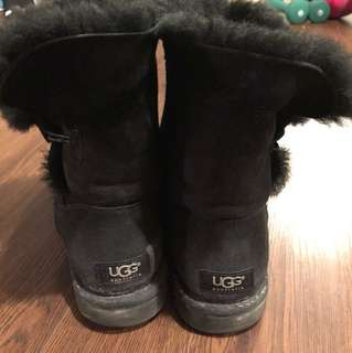 Uggs (Beaters) Size 9 womens