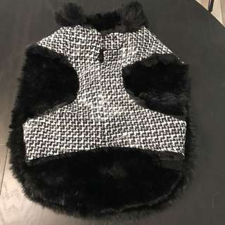Medium warm black dog sweater, warm faux fur