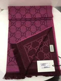 Gucci圍巾