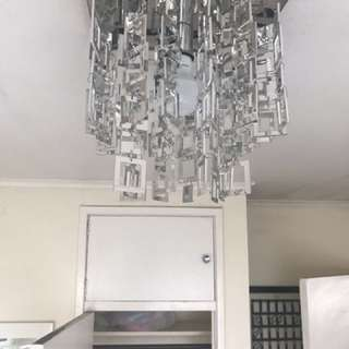 SQUARE MIRROR LIGHT BULB CHANDELIER