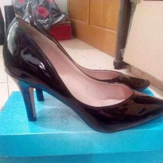 Zalora stilleto black heels