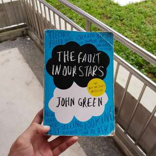 The fault in our stars. By John Green.
