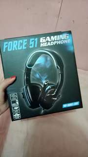 Gaming Headset with free mouse pad