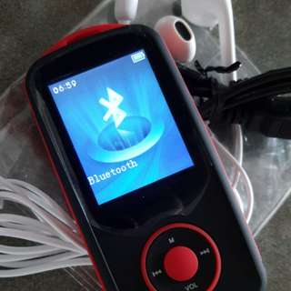MP3 Player 16GB RUIZU BULETOOTH &FM&TF  NEW NO BOX