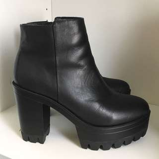 WINDSOR SMITH HIGH HEELS BOOTS LEATHER BLACK SIZE 8