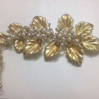 Gold Leaf 🍃 Bridal Hair Accessories👇🏻price markdown