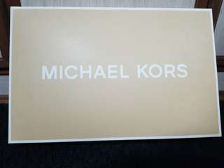 Authentic Michael Kors Handbag (MK)