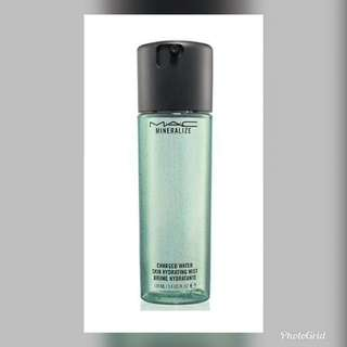Mac Mineralized Youth Aura Charged Water