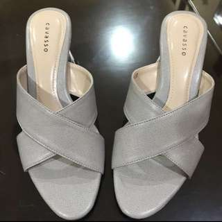 mid heels cavasso, no deffect