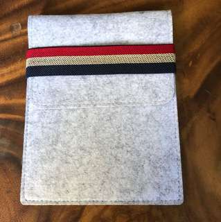 Kindle & Tablets sleeve / Cover